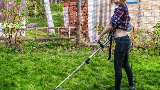 Rask Græstrimmer test - Her er de bedste græstrimmere til din have. JK-43