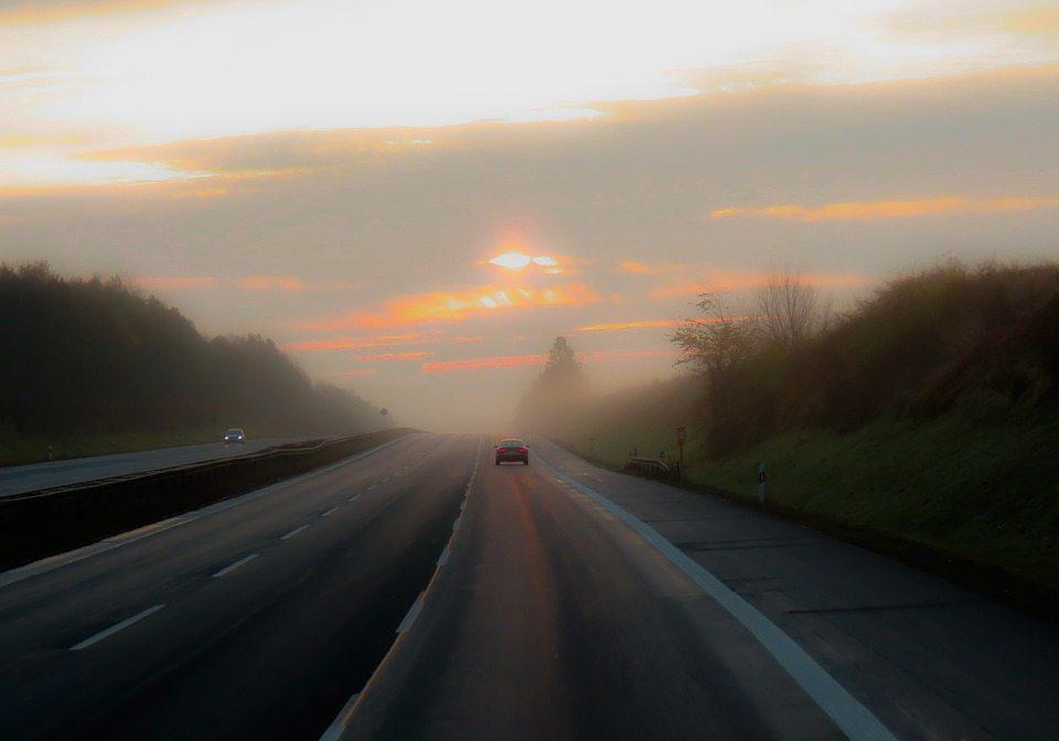 Bil på vej